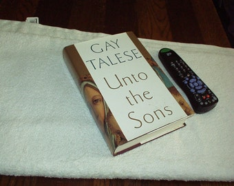 "1992 GAY TELESE ""Unto The Sons"" Hidden Treasure Quick Hide BOOKSAFE with Real Pages Book(Velvet Compartment for Cash/Jewelry/Credit Cards+)"