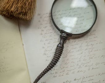 Magnifying Glass with metal Gazelle Horn Handle