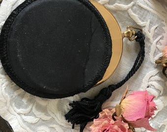 Vintage Gold Metal Compact With Mirror, Powder Puff, Powder, Cord and Compact Case. Purse Accessory Compact in Protective Case.
