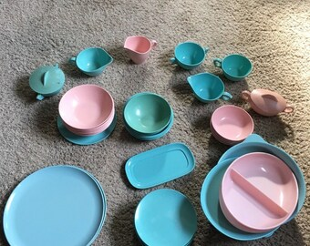 1950s Pink & Turquoise Kitchen Melamine - Over 40 Pieces!