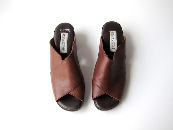 90s Leather Block Heel Slides Brown Leather Sandals Open Toe Chunky Heels Sandals Vintage Mules Shoes Modern Boho Slip Ons Sandals Womens 9