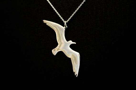 Seagull bird necklace, bird jewelry, freedom symbol pendant, hope symbol pendant, sterling silver hand carved summer time jewelry