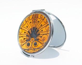 COMPACT MIRROR - Makeup Mirror - Gramercy Gate Compact Mirror -  NYC Mirror - Bridesmaid Gifts