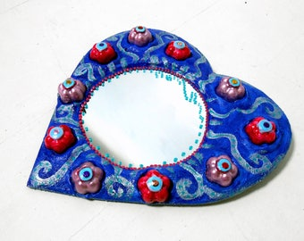 """Blue heart and flowers embossed"" mirror 30 X 27 cm"