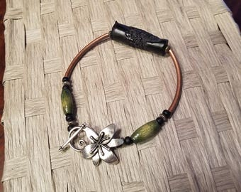 Woodsy Green and Black Copper Bracelet