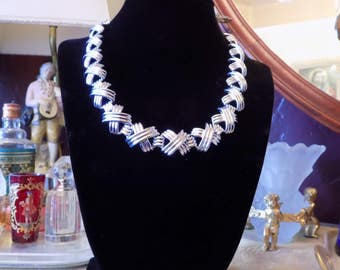 """Lovely vintage Napier necklace silver tone link with """"X"""" design."""