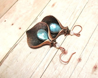 Labradorite Cala Lily Earrings - Antiqued Copper
