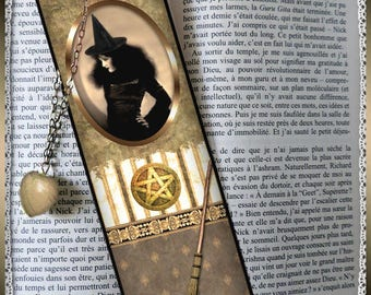 "Bookmarks laminated ""Cauldron and toads"" bookmark, gift"