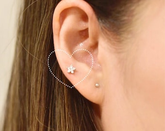 Flash Sale ** Flower Cubic Zirconia Barbell Earring | Tragus | Conch | Helix Surgical Steel Earring 16g | 5mm | 4mm