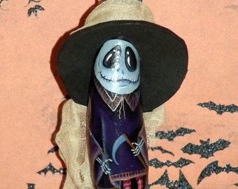 Original Designed Hand Painted HALLOWEEN WITCH GHOUL Gourd Ornament - Halloween - Gourd - Gourds - Fall Decor - Halloween Decor - Witch