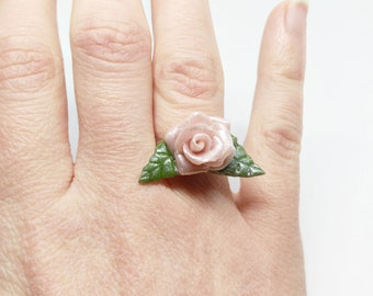 Rose rose and green leaves ring, cold porcelain, silvery ring, elegant, silvery rose, romantic flower, rose rose, flower ring, rose ring