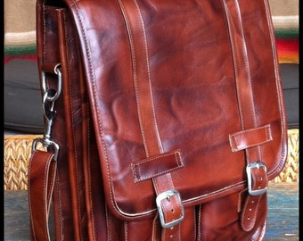 Medium Geunine Leather Messenger Satchel / Backpack Laptop Bag in Antique Light Brown - (15in MacBook Pro)