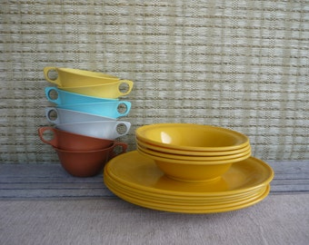 Instant Collection, Set of Vintage Melamine Dishes, Plates, Bowls and Cups, Retro Camping
