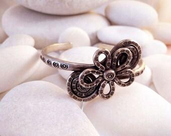 Handmade silver Karen bracelet. Karen Hill Tribe Sterling silver Bracelet.