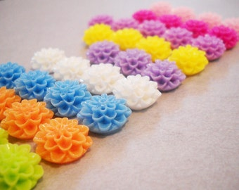 Flower Cabochons Resin Flowers Resin Flatbacks Flower Flatbacks Flat Back Flower Assorted Cabochons Resin Flat Backs 15mm Cabochons 20 pcs