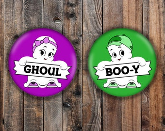 Boo-y or Ghoul halloween gender reveal pins, booy or ghoul, purple and green.
