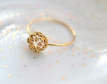 READY TO SHIP size 6. Mini Gold Crown. 14k solid gold ring. wedding band. engagement ring