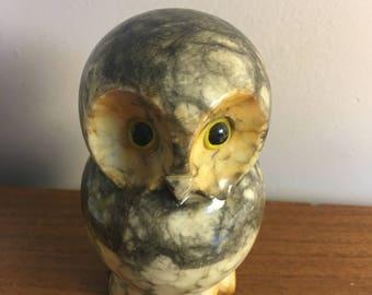 CLEARANCE Alabaster Owl Hand Carved Made in Italy / Owl Stone Paper Weight Hand Carved Made in Italy / Alabaster stone 50s Owl vintage decor