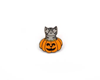 Pumpkin Cat - Enamel Pin