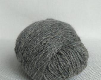 100% Wool Yarn , Fingering 3ply, dk, Mega-Yardage, Kauni Yarn, Grey