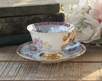 Shelley Georgian Red Tea Cup and Saucer Set Signed, Tea Party Wedding, English Bone China, Ca. 1940's, Replacement China