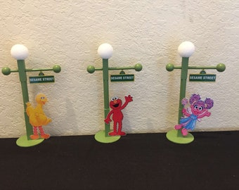 9inch Sesame Street Sign with Lamp Post, Sesame Street Party, Sesame Street Centerpiece, Sesame Street Party Props