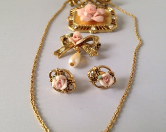 PINK PORCELAIN ROSE Vintage jewelry set