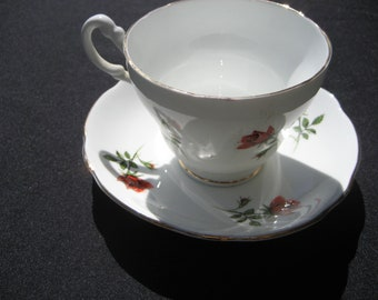 Royal Ascot china-England Tea cup/saucer-Red roses white/gold trim