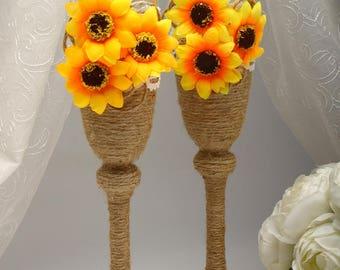 Sunflower wedding Personalized wedding flutes Champagne flutes Rustic wedding toasting glasses Rustic toasting flutes Sunflower weddings
