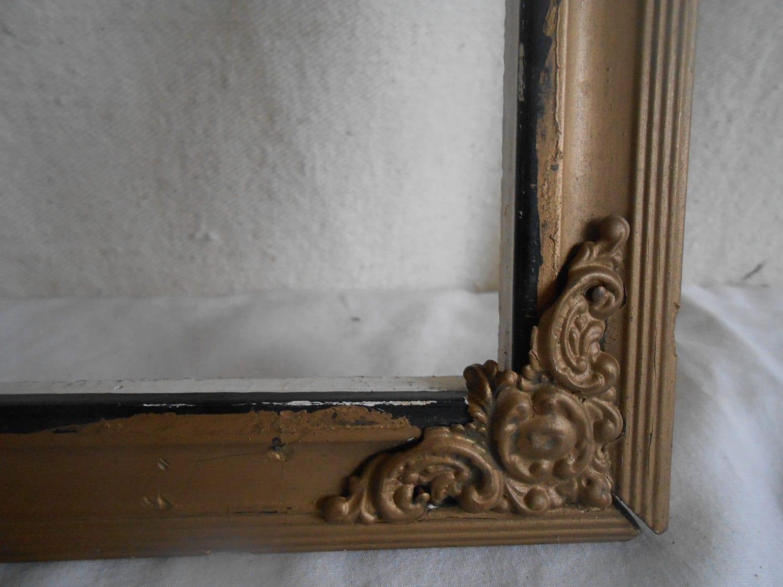 Antiker Holzrahmen Metall Verzierungen