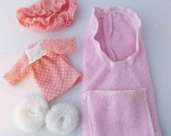 Strawberry Shortcake Sleepy Berry Wear Nightgown Sleep Cap Slippers Sleeping Bag Doll Clothing 1980s