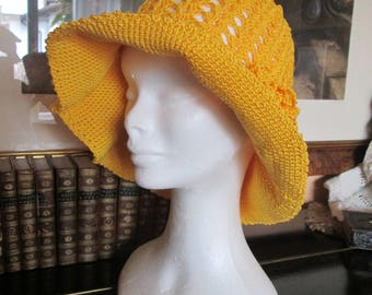 Lovely summer hat, handmade crochet, with pure cotton material.-Very elegant in trendy color.-