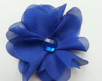 fleur en mousseline  bleu   et strass  50mm