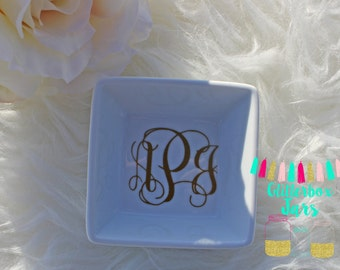Personalized Monogram Initial Ring Dish-Jewelry Dish-Jewelry-Wife-Just Married-Wedding Gif-Bridal Party-Engagement Gift