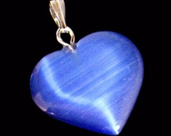 26mm Royal Blue Cats Eye Fiber Optic Heart Pendant With Silver Bail