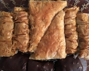 Assorted Greek Baklava, 9 pieces, 2 large triangles , 4 saragli and 3 chocolate covered saragli