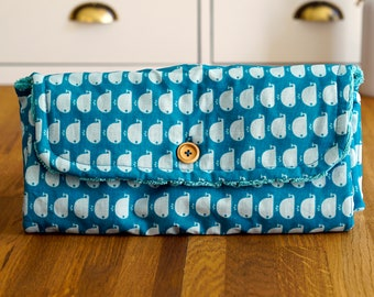 Changing pad Nomad, turquoise whale pattern