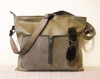 "Verkauf - handgefertigte Ledertasche – Ooak gefüttert Leder Tasche - Olive Reißverschluss-Tasche mit Taschen - Leder Umhängetasche mit Taschen ""CASSIA"""