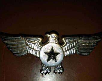 Vintage Military Eagle Star Emblem Large Metal Cast Vietnam or Korean War