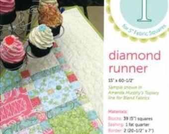 AMANDA MURPHY Diamond Table Runner Pattern, Charm Pack Friendly
