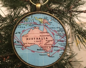 Australia Map Christmas Ornament, Keep a memory Alive / HONEYMOON Gift / Wedding Map Gift / Travel Tree Ornament / Corporate gift