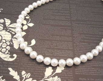 One Strand, Classic Style 8mm White Glass Pearl Necklace
