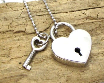 Padlock Necklace, 39x30mm Silver Heart Padlock with 24x11.5mm Key and Working Lock, Heart Necklace, Item 1436m