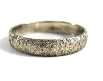 Thin white Gold wedding band, Hammered Wedding Band in 14k Gold , Textured wedding ring band, white gold ring ,Handmade design,chiseled