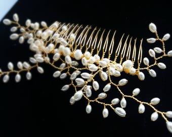 Bridal hair comb, pearl headpiece, bridal headpiece, wedding accessory, rustic wedding, pearl hair comb, gold hair comb, gold headpiece