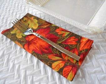 Thanksgiving Dinner Napkins, Falling Leaves, Autumn Dinner Napkins, Fall Dinner Napkins, Holiday Dinner Napkins, 6 Six Dinner Napkins