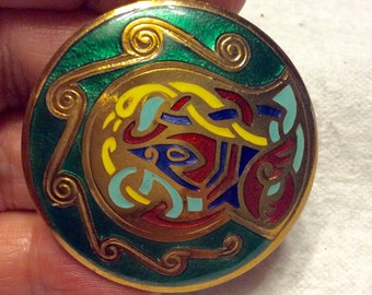 Vintage 1950's cloisonne enamel on gold repousse metal brooch pin pendant.