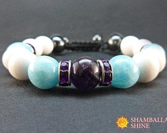 Women healing bracelet Bracelet for women Natural gemstone beads Valentines gift Beaded bracelet White elegant jewelry Wife gift Amethyst