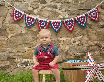 Crochet Pennant Banner - Triangle Bunting - Photography - Prop - RED WHITE and BLUE