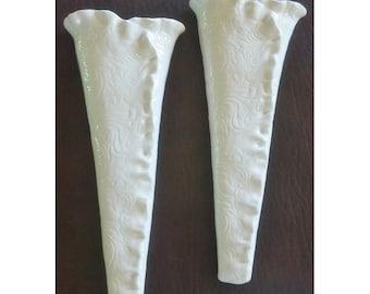 SINGLE White Textured Ceramic Wall Vase